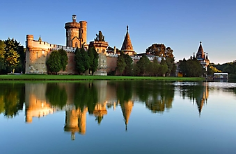 Лаксенбургский замок на воде, Австрия (Каталог номер: 08041)