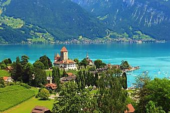 Замок у озера, Швейцария (Каталог номер: 08055)