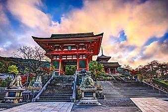 Ворота в японский храм, Киото (Каталог номер: 08065)
